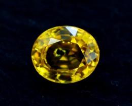 0.90 Cts Oval cut Heated Yellow Sapphire Gemstone From Srilanka
