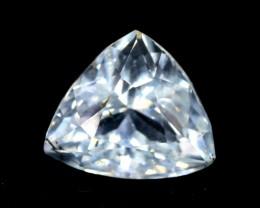 2.70 cts  Trillion Cut Untreated Natural Aquamarine Gemstone From Pakistan