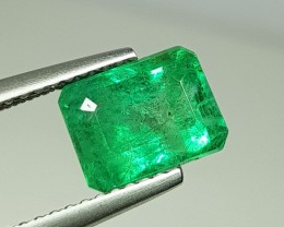 2.28 cts Top Luster Green Natural Emerald