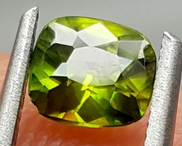 0.70CT GREEN SPHENE TOP FIRE BEST QUALITY GEMSTONE IGC107