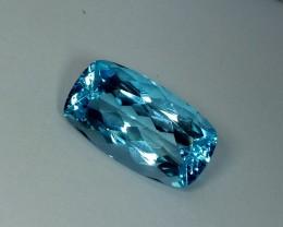 22.34 ct Fantastic Rectangular Cushion Cut Gem Natural Blue Topaz