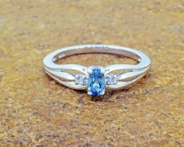N/R Natural London Blue Topaz 925 Sterling Silver Ring Size 6 (SSR0332)