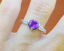 N/R Natural Amethyst 925 Sterling Silver Ring Size 6 (SSR0335)