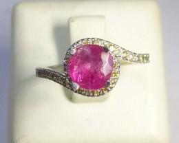 White Gold Diamond ring Set with Burmese Ruby