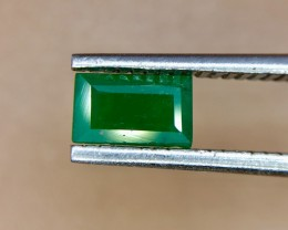 0.40 Crt Natural Swat Emerald Faceted Gemstone (947)