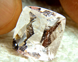 CERTIFIED - 21.65 Carat Pink Brazilian Morganite - Gorgeous