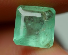 0.65 CRT BEAUTY GREENISH COLOMBIAN EMERALD