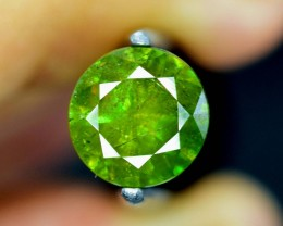 2.05 Carats AAA Color Full Fire Natural Chrome Sphene Loose Gemstone