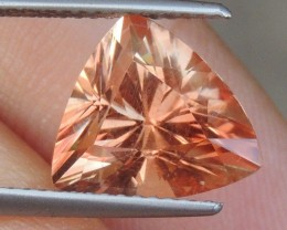 3.98cts Oregon Sunstone,   Top Brilliant Cut,  Untreated