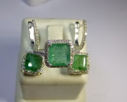 White Gold Diamond Jewelry Set with Colombian Emeralds