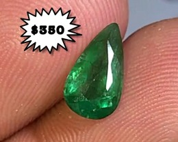 1.30 cts EMERALD GEMSTONE