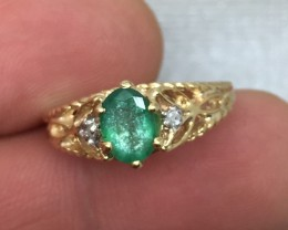 (B4) Brilliant Cert. $1100 Nat 1.05cts Emerald & Diamond Ring