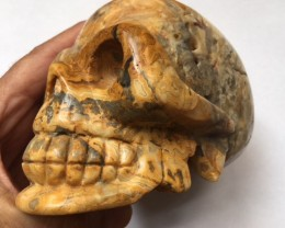 1.339 kilo Jasper  Gemstone  Skull  SU 704