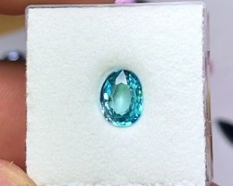 1.90 cts SKY BLUE ZIRCON ~ AMAZING BRIGHT COLOR!