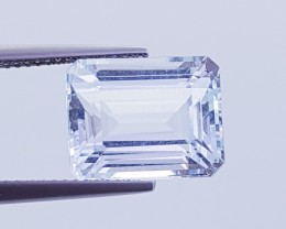 7.39 ct Excellent Octagon Cut Top Quality Aquamarine