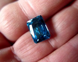 TOP QUALITY CERTIFIED BLUE ZIRCON 8.61cts...VVS+