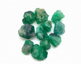 19.90 Crt Natural Swat Rough Emerald good for cutting