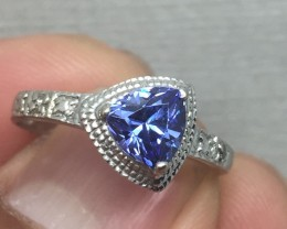 (B5) Stunning $2300 Nat 1.15ct tcw Designer Trillion Cut Tanzanite Ring