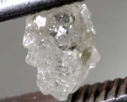0.645CTS CERTIFIED GREY DIAMOND ROUGH SD-275