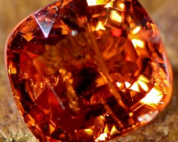 1.10 CTS ORANGE  BURMESE SPINEL [STS1072]safe