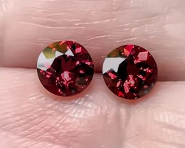 5mm CRIMSON RED PAIR OF RHODOLITE GARNETS VVS