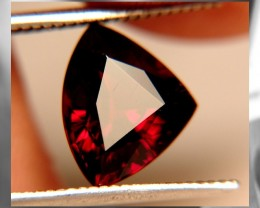 A BEAUTIFUL & FANCY CUT RHODOLITE GARNET ~ 3.29cts ~ Namibia