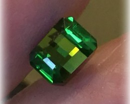 Riveting Emerald Green Tourmaline 6.5mm VVS