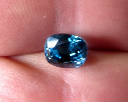 HIGH QUALITY  CERTIFIED NATURAL BLUE ZIRCON 4.011cts