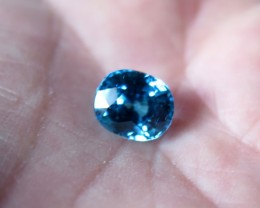TOP QUALITY CERTIFIED BLUE ZIRCON 6.60 cts...VVS+