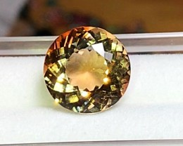 9.40 cts YELLOW TOPAZ GEMSTONE