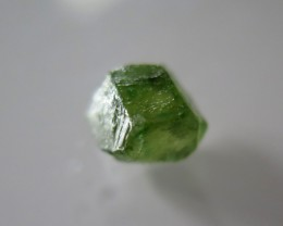 VERY NICE NATURAL CUTABLE GREEN ROUGH SAPPHIRE 5.64cts
