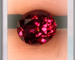 2.56ct Rich Crimson Umbalite Garnet Jewellery grade gem