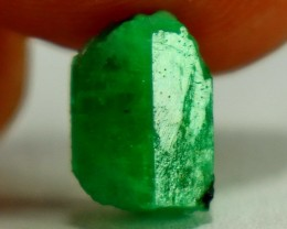 2.80  CT Natural - Unheated Green  Emerald Rough