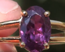 Purple Sapphire 1.53ct 18ct Solid Gold Ring