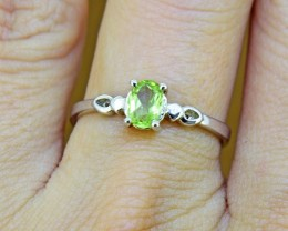 N/R Natural Peridot  925 Sterling Silver Ring(SSR0129)