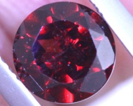1.85CTS GARNET CAB FACETED CG-2425
