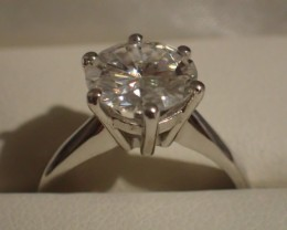RING SOLITARY WHITE GOLD 18KT with NATURAL ROUND WHITE DIAMOND 2.85ct F/VS2