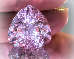 A LUXURIOUS ROSE DE FRANCE AMETHYST -