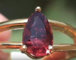Red Mahenge Spinel 1.02ct 18ct Solid Gold Ring