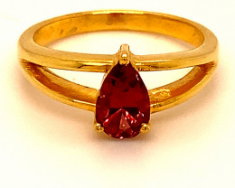 Red Mahenge Spinel 1.02ct Solid 18K Yellow Gold Ring