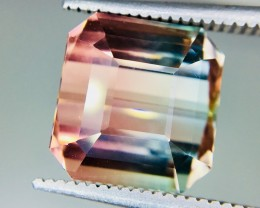 7.45 Crt Bi-Color Tourmaline Facetted Gemstone Clean Good Luster