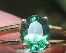 Garnet or Green Garnet or Tsavorite 1.21ct 18ct Solid Yellow Gold Ring