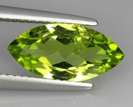 2.60 Cts.Magnificient Top Sparkling Intense Green Peridot