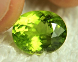 5.60 Carat Vibrant Green VS2 Peridot - Gorgeous