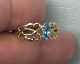 (B1) Delightful $700 Nat. 0.25ct Blue Topaz Ring 10K YG