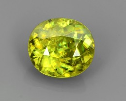 WOW!!!4.35 CTS- Hot Green Sparks- Sphene/Titanite- oval