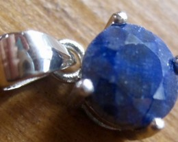 Hand made 1.40 carat dyed blue Sapphire on 0.925 sterling silver pendant