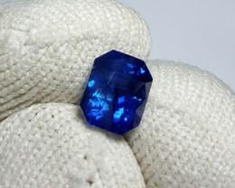 CERTIFIED 1.66 CTS NATURAL BEAUTIFUL ROYAL BLUE SAPPHIRE CEYLON SRI LANKA