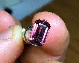 2.50 cts Red Zircon VVS ~ Stunning Color High End ~D32
