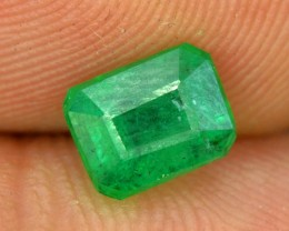 No Reserve - 1.00 cts Beautifull Most Rare Precious Swat Emerald Gemstone F